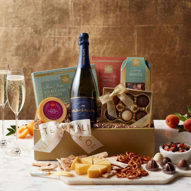 15 Impressive Gift Baskets for Any Woman on Your List
