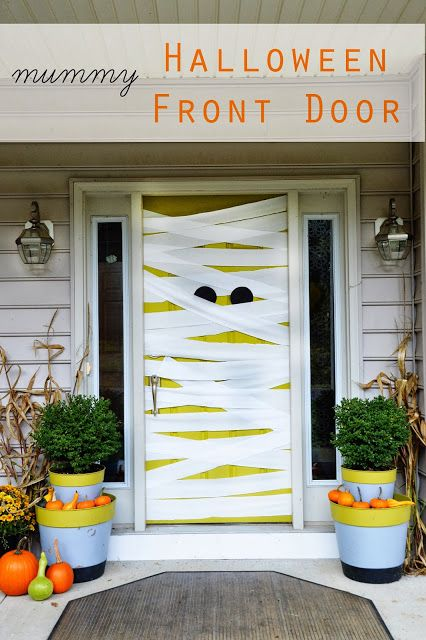 Diy Mummy Halloween Front Door