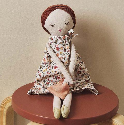Muñeca bolsitos