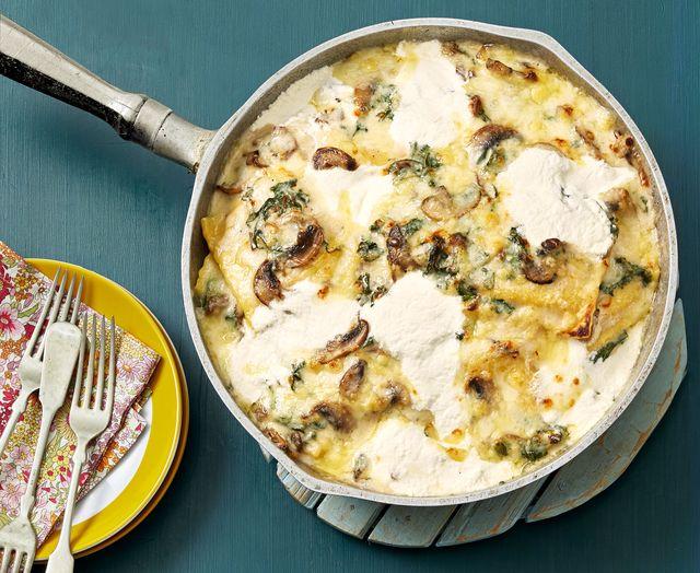 three cheese mushroom and kale skillet lasagna