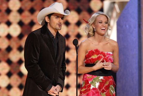 8fc61e1b387 Brad Paisley and Carrie Underwood s Cutest CMA Awards Moments