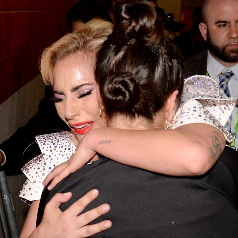 musician-lady-gaga-hugs-her-sister-natal