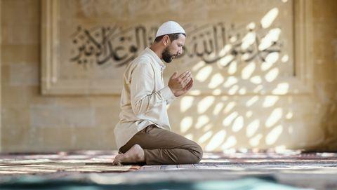moslim man in moskee