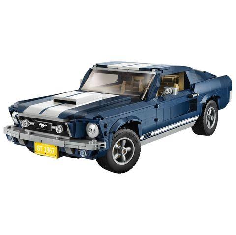 Land vehicle, Vehicle, Car, Automotive exterior, Muscle car, Model car, Bumper, Toy vehicle, Toy, Auto part,