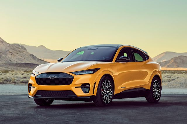 mustang mach e gt performance edition 2021