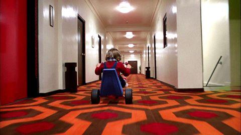 《安眠醫生》和《鬼店》中的「全景飯店」真實存在?3部驚悚影劇作品的「飯店原型」!