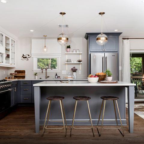 Furniture, Countertop, Room, Kitchen, Cabinetry, Property, Interior design, Ceiling, Building, Floor,