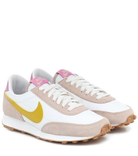 Footwear, White, Shoe, Sneakers, Product, Pink, Sportswear, Running shoe, Outdoor shoe, Walking shoe,