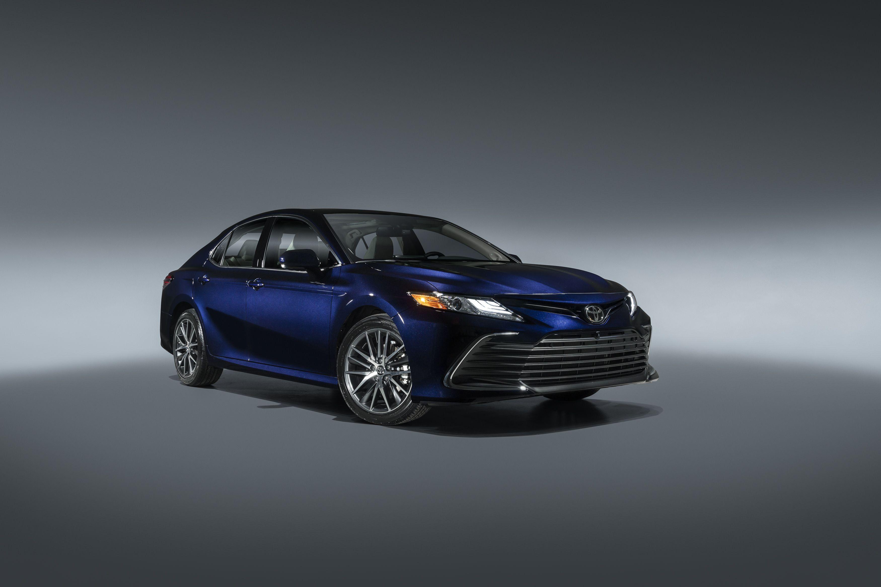 2021 Toyota Camry Se Hybrid Pricing