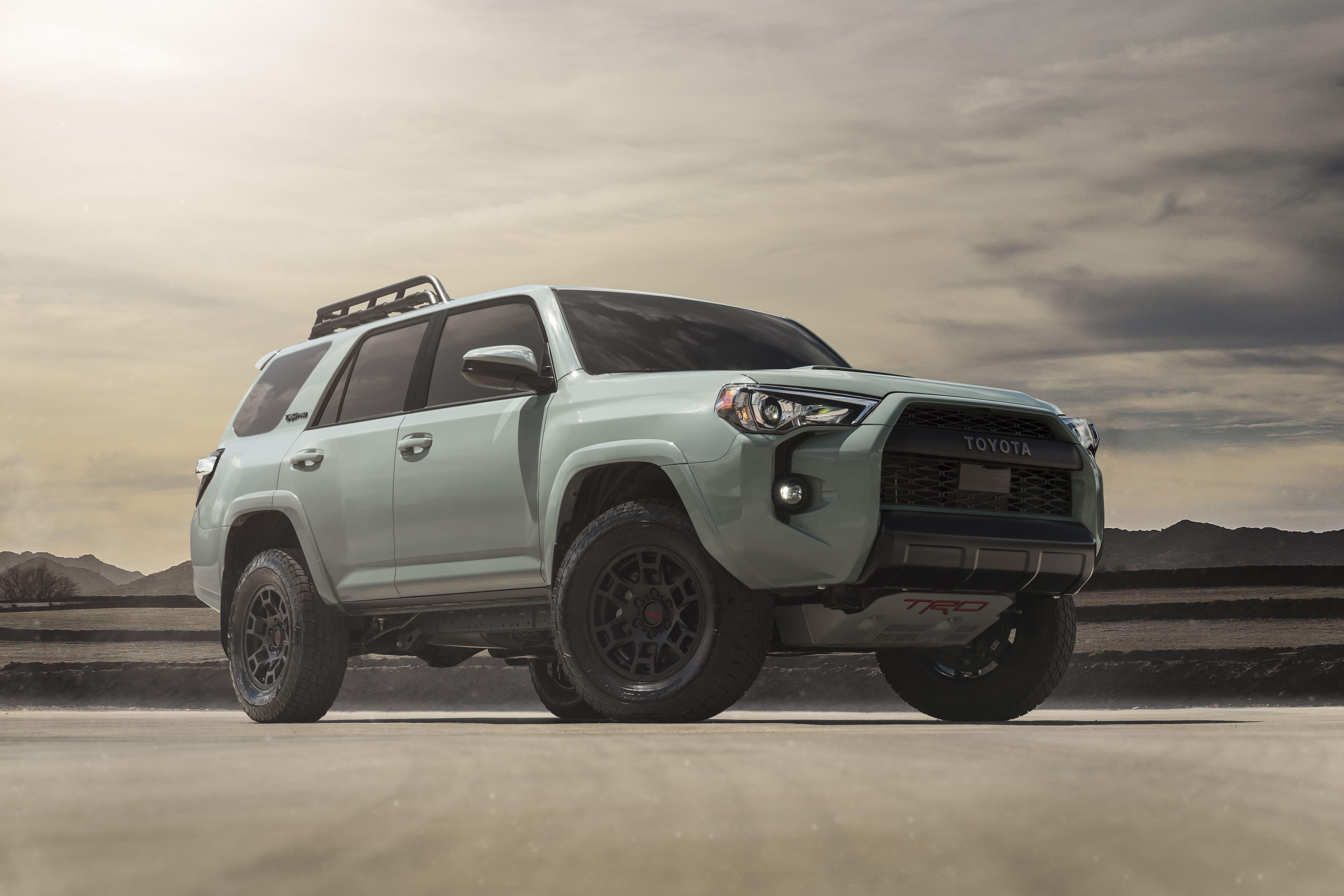 2021 Toyota 4runner Trd Pro Gets New Color Wheels Fox Shocks