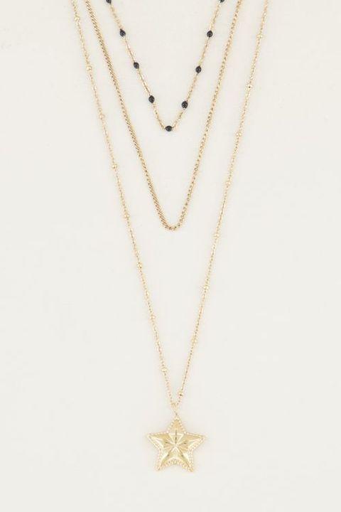 Jewellery, Necklace, Pendant, Body jewelry, Locket, Fashion accessory, Chain, Neck, Silver, Metal,