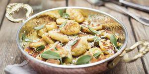 Ñoquis de patata con parmesano