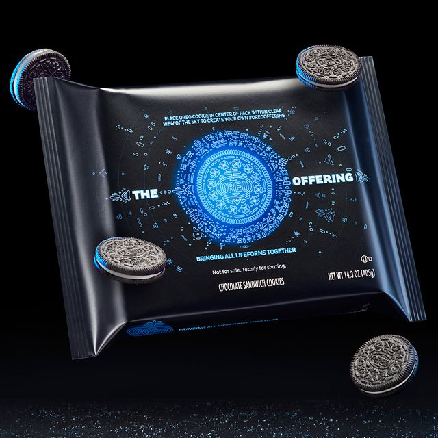 nabisco the oreo offering ufo themed cookies