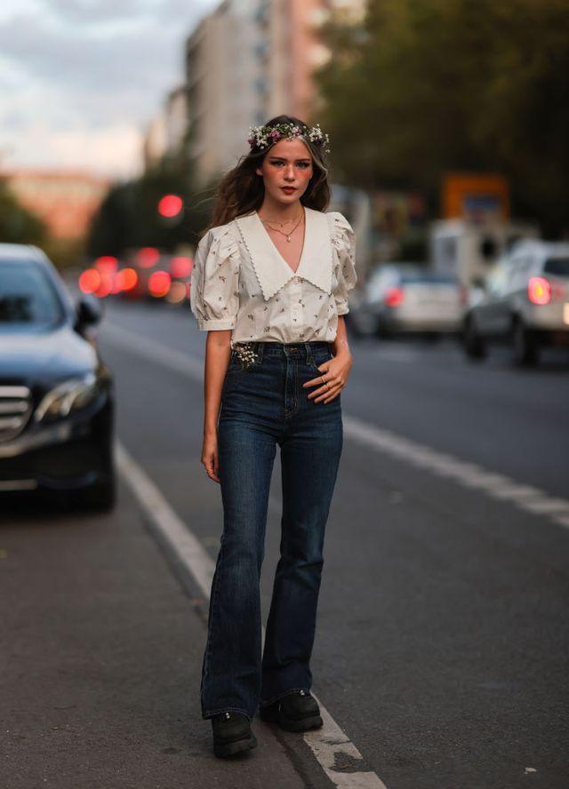 jeans a zampa come abbinare 2022