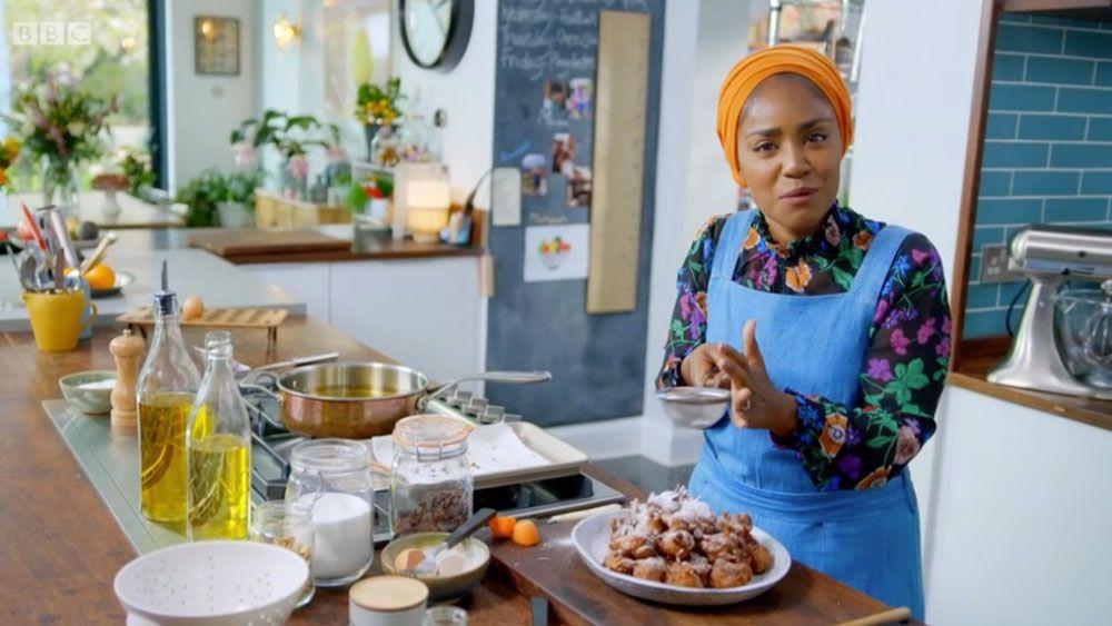 Nadiya Hussain S Carrot Cake Pakoras Send Fans Wild