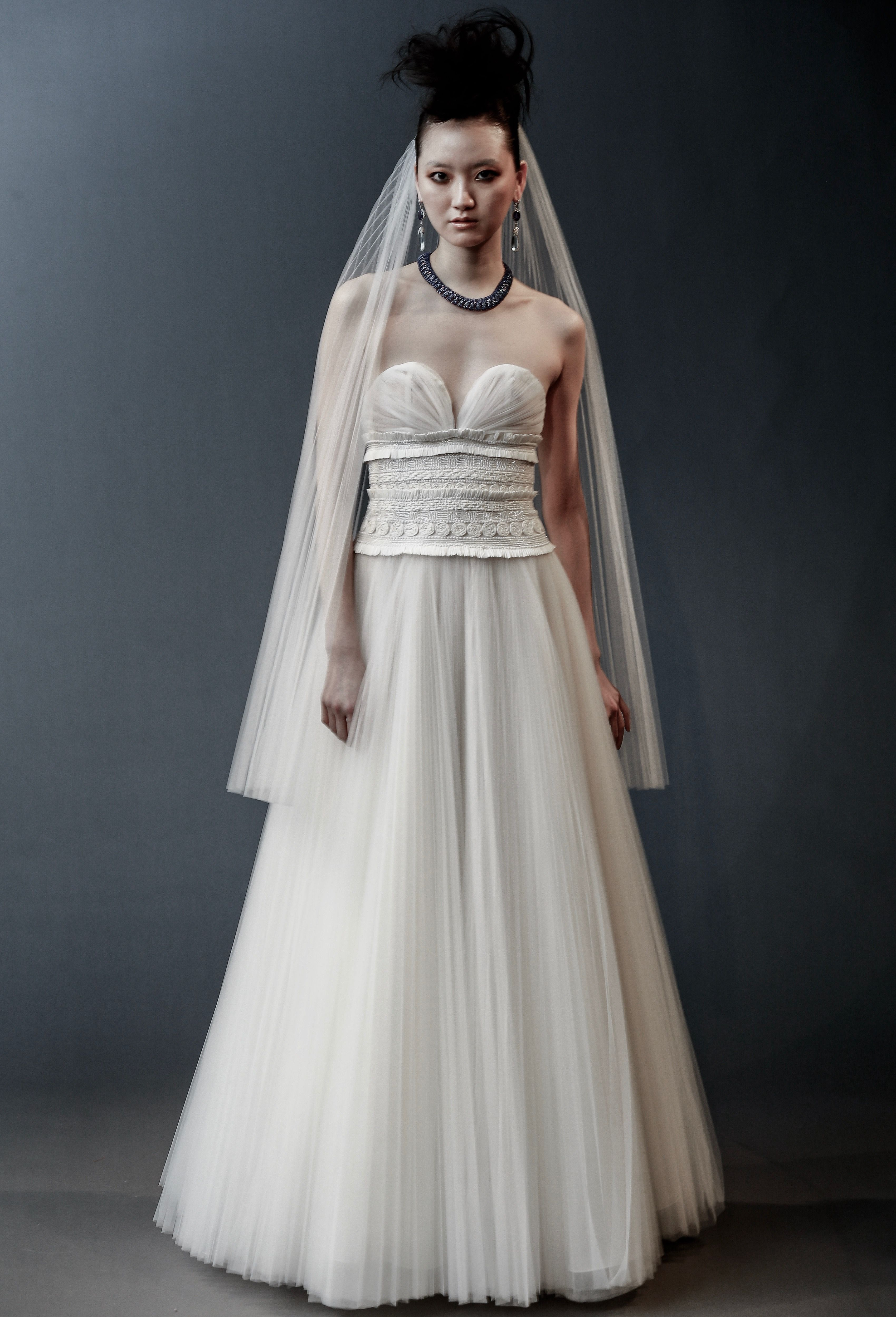 The best looks from spring bridal week 2019 junglespirit Image collections