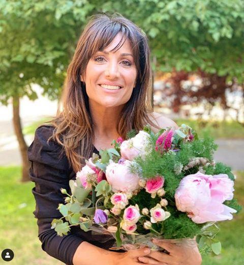 Flower Arranging, Bouquet, Floristry, Flower, Floral design, Plant, Cut flowers, Pink, Botany, Spring,