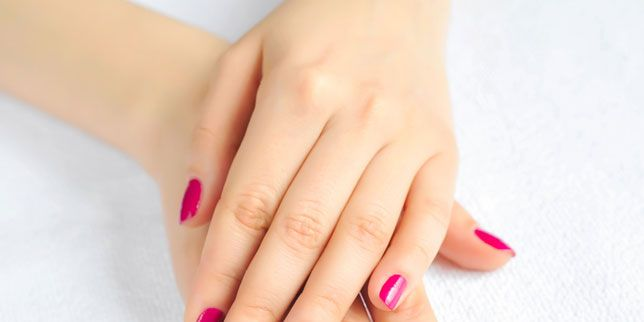 Nail Problems: 13 Nail Polish Problems and How to Fix Them