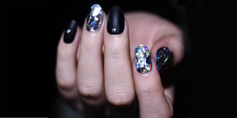 This Beauty Trend Will Take Your Holiday Nail Art to the Next Level