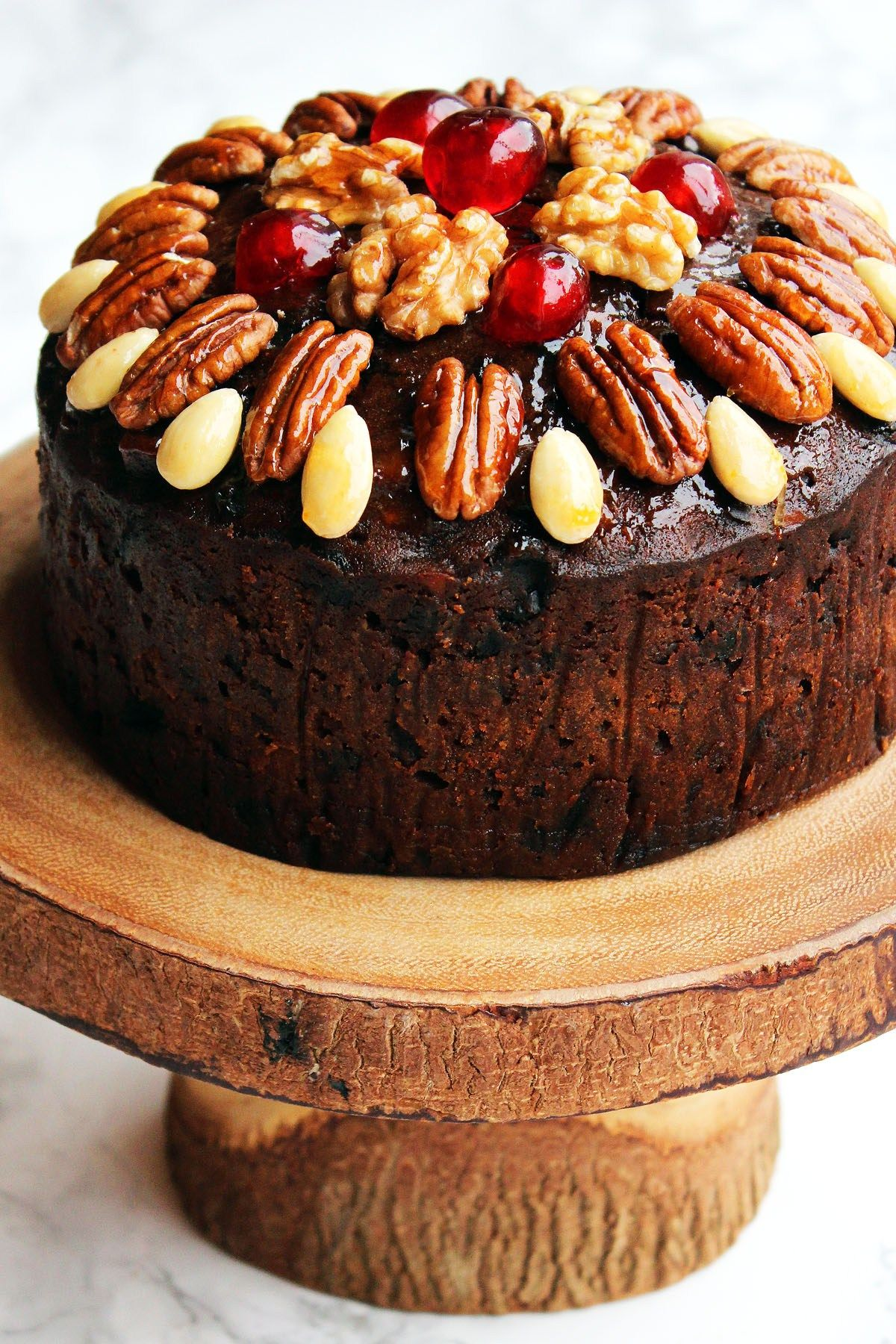 20 best christmas fruit cake recipes how to make holiday fruitcake forumfinder Image collections