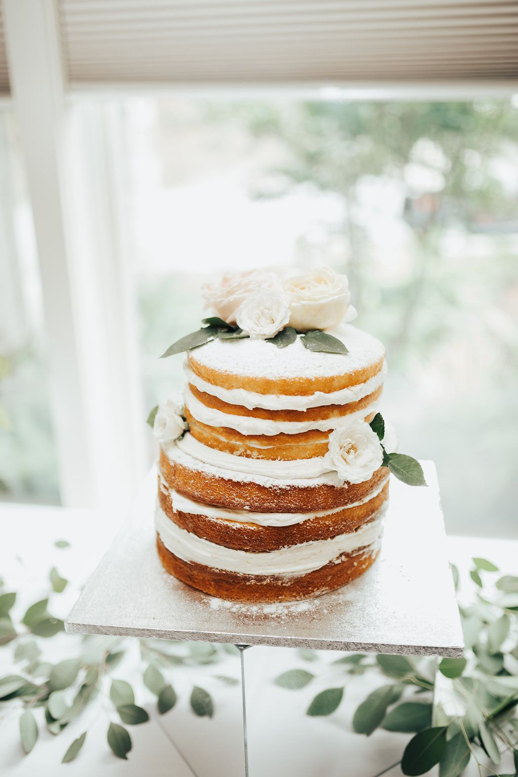 12 Fall Wedding Cakes - Fall Themed Wedding Cake Ideas