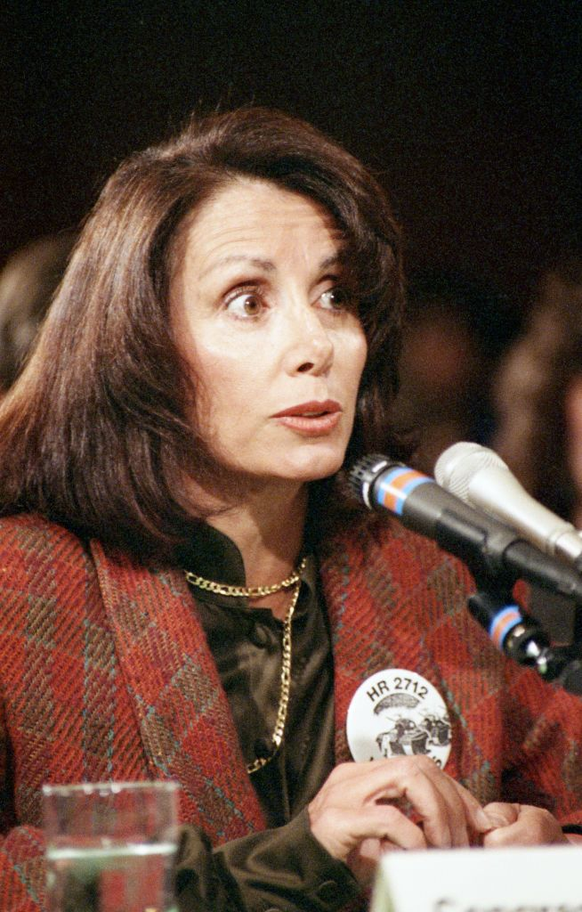 Pelosi testifying on behalf of H.R. 2712 , the Emergency Chinese Immigration Relief Act of 1989.