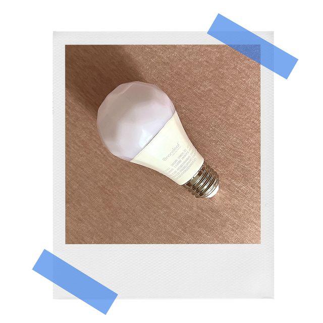 nanoleaf essentials a19 smart lightbulb
