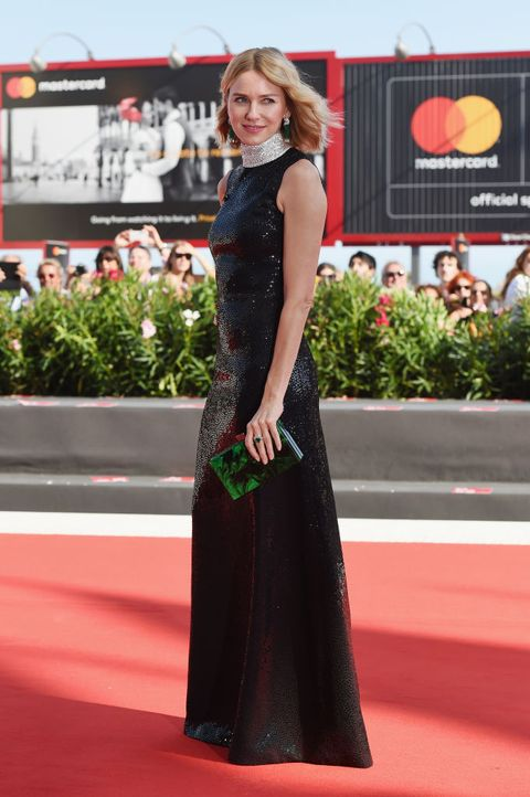 Red carpet, Clothing, Dress, Carpet, Flooring, Premiere, Fashion, Gown, Fashion model, Neck,