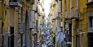 Naples, Streetscape