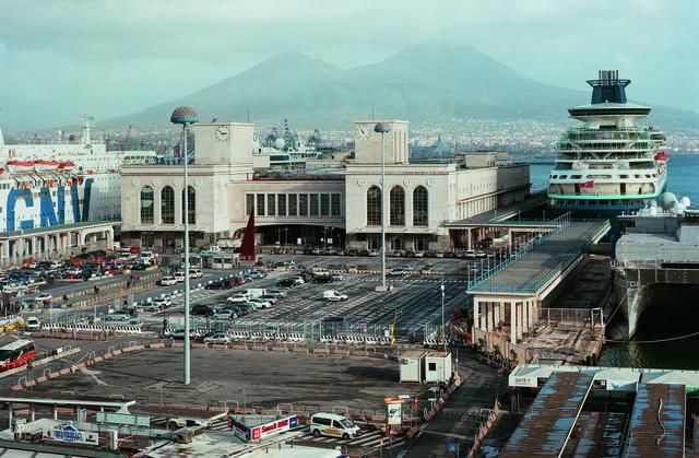 Napoli Super Modern