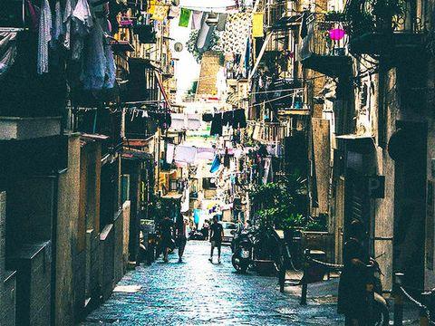 Alley, Street, Neighbourhood, Road, Town, Human settlement, Infrastructure, Urban area, City, Architecture,