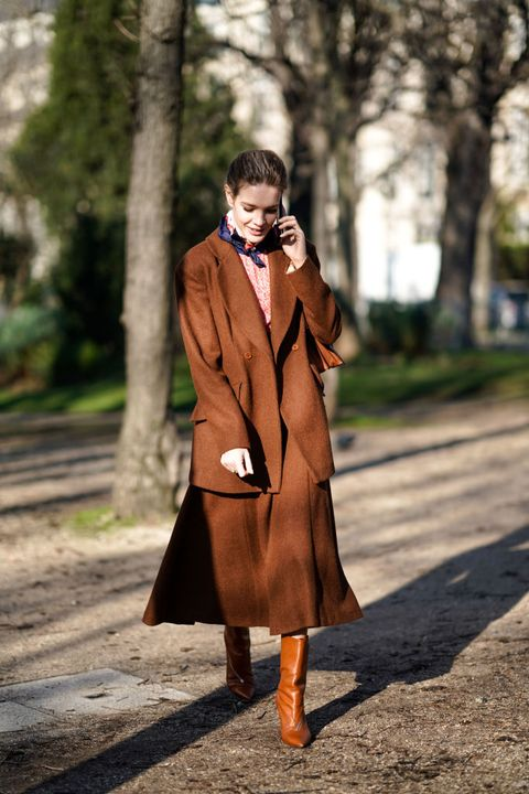 Clothing, Coat, Photograph, Street fashion, Fashion, Brown, Outerwear, Trench coat, Orange, Overcoat,