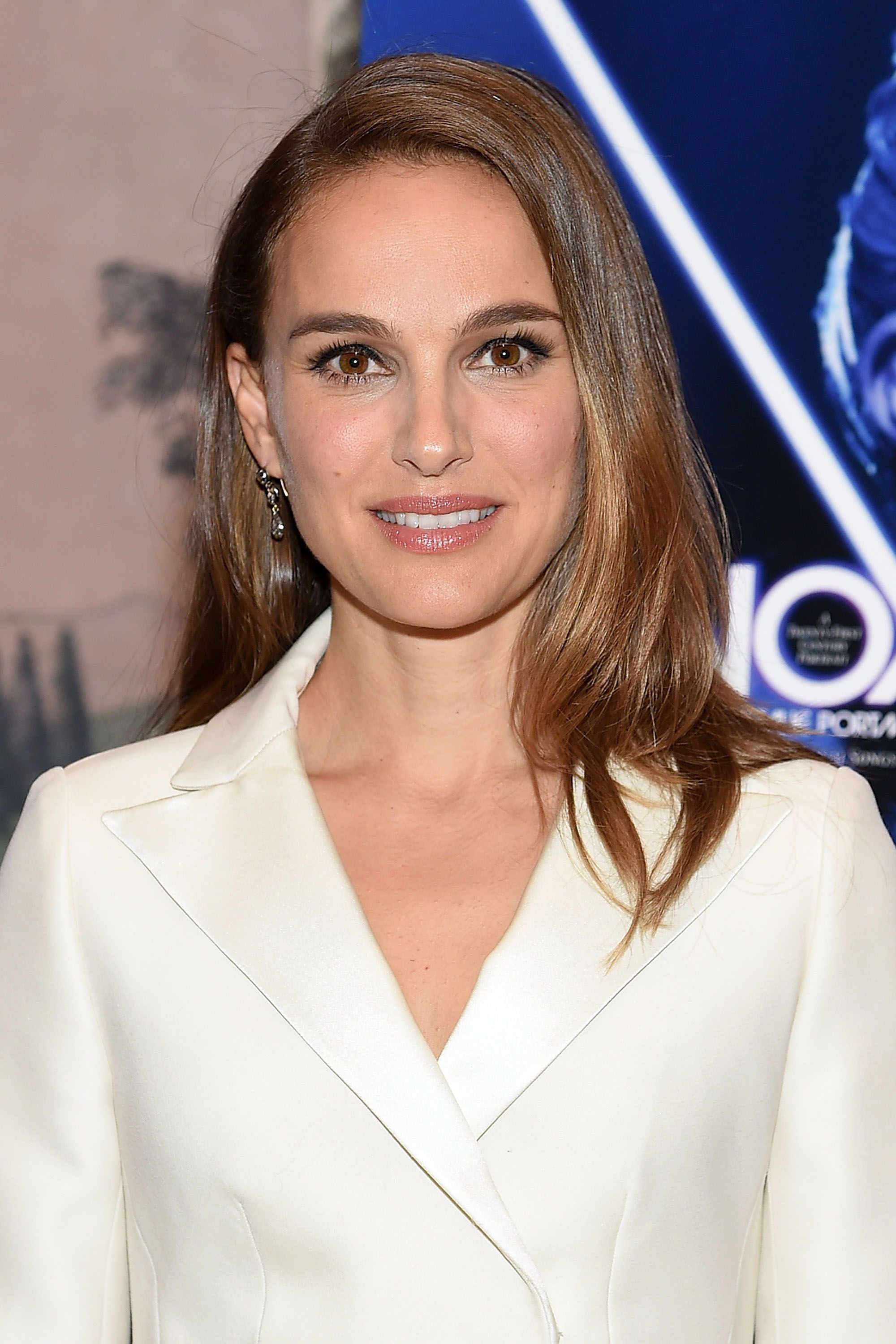 Haircuts for Women Over 30 - Natalie Portman