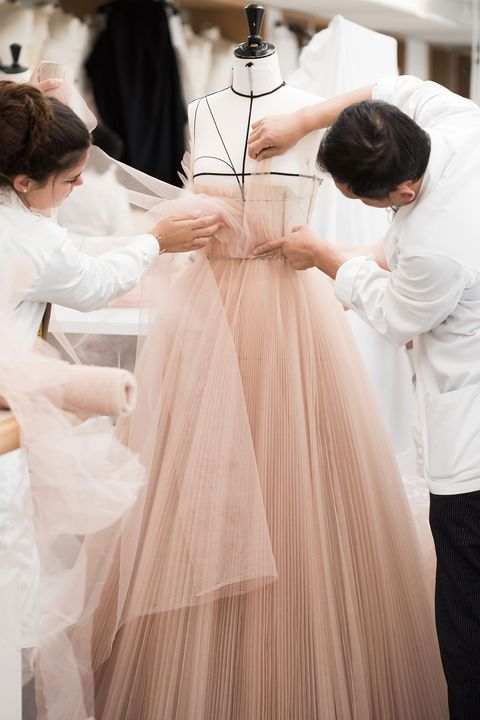 Natalie Portman's Dior couture dress - the making of