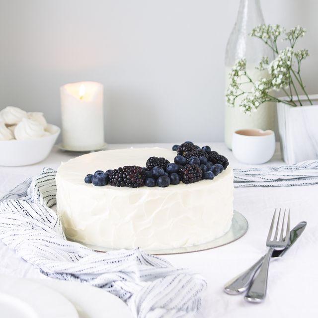 tarta de coco y arándanos