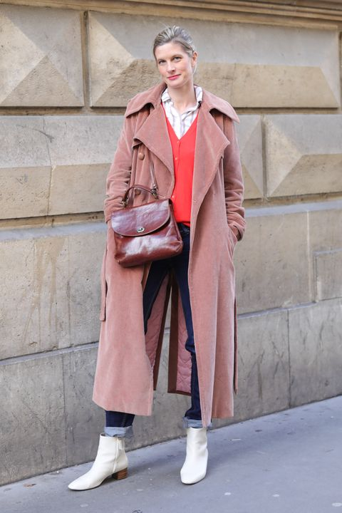 Clothing, Coat, Street fashion, Trench coat, Overcoat, Pink, Fashion, Outerwear, Footwear, Beige,