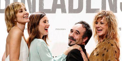Nathalie Poza, Bárbara Goenaga, Koldo Serra y Emma Suárez en el estreno de la película '70 Binladens'