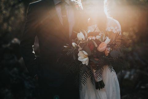 Sunlight, Lens flare, Backlighting, Sun, Day dress, Flower Arranging,