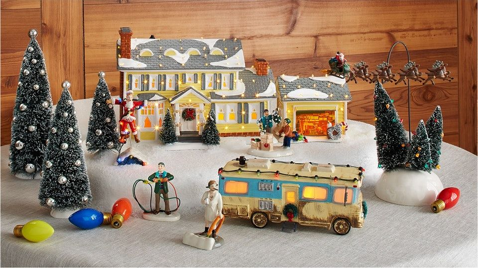 This 'Christmas Vacation' Ceramic Village Has Amazon Reviewers Insanely Excited