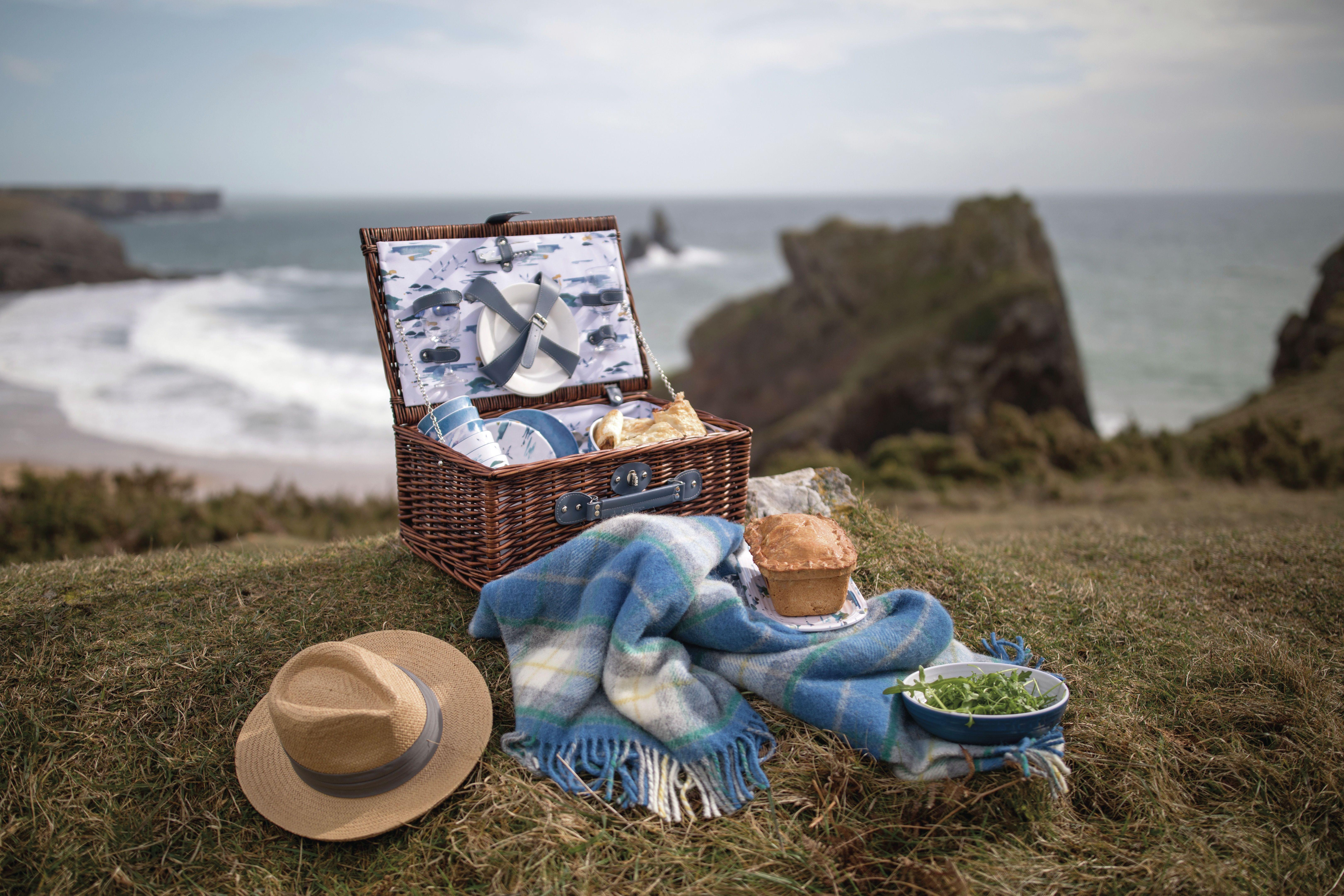National Trust Outdoor Dining Range Summer 2018