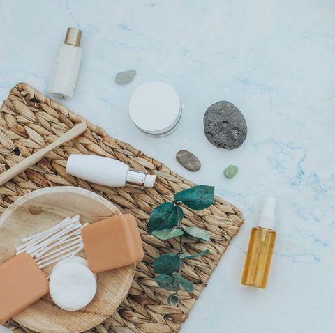 2021卸妝油卸妝霜推薦!15款好用又能卸除彩妝的潔顏油與潔淨霜保養狂必收