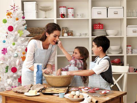 Hacer recetas con niños