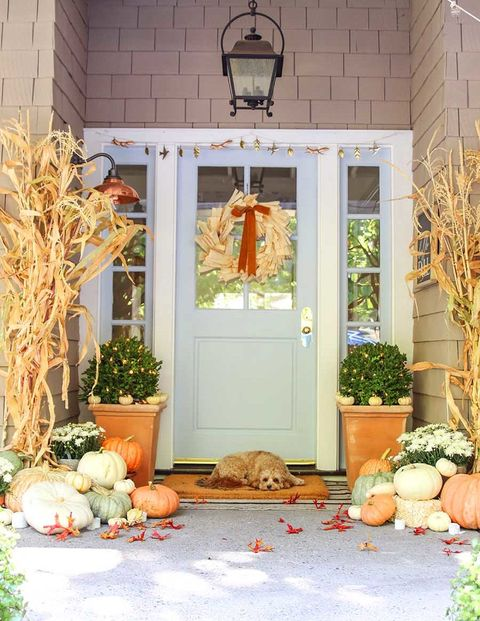 neutral fall porch decor