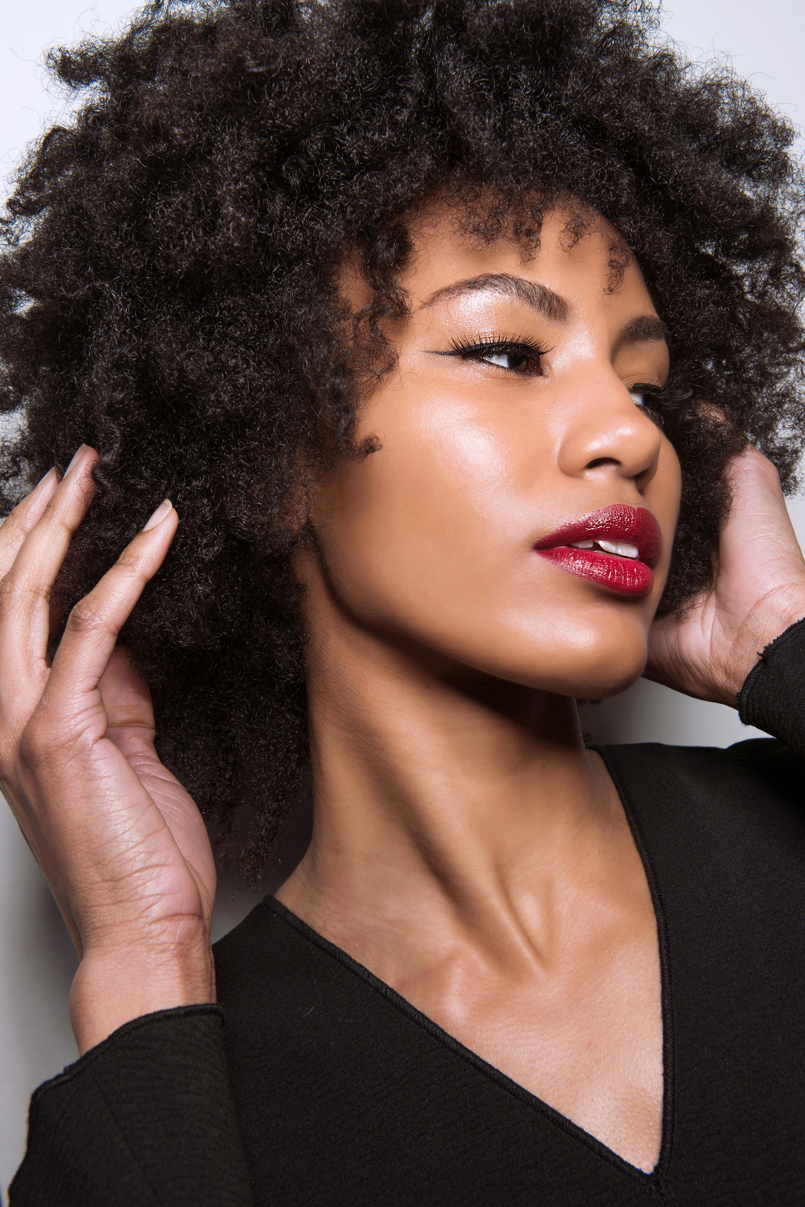 The Benefits And Uses Of Castor Oil For Hair Growth