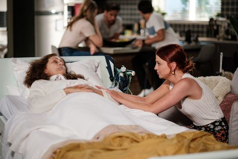 fay brennan and nicolette stone in neighbours