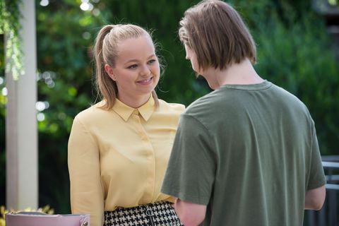 harlow robinson and brent colefax grow closer in neighbours