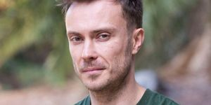 Adam Hunter as Robert Robinson in Neighbours