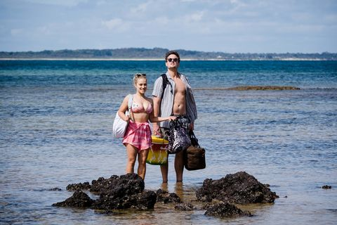 Roxy Willis and Kyle Canning in Neighbours