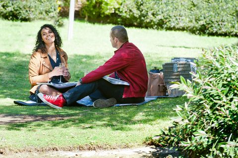 toadie rebecchi and audrey hamilton enjoy a picnic together in neighbours