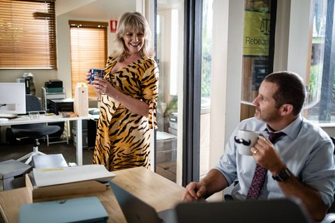 toadie rebecchi and melanie pearson try to keep their romance secret in neighbours